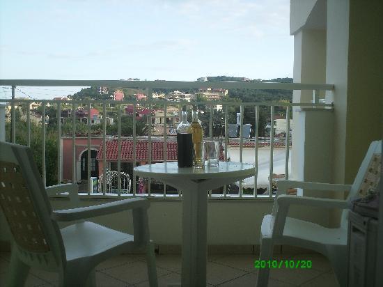 Little Prince Apartments: Balcony