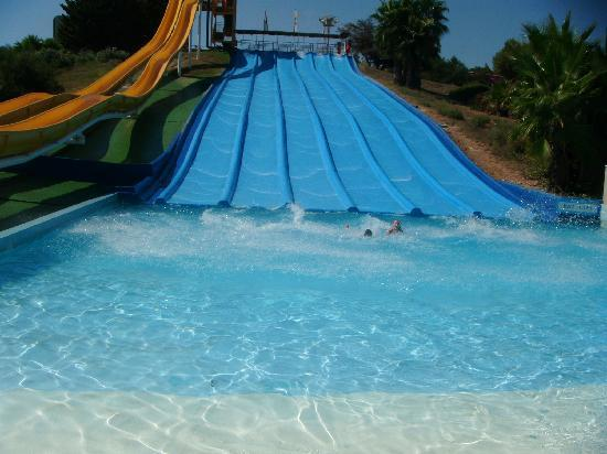 Family Life Avenida Suites: must do aquapolis water park