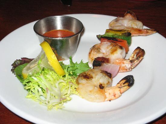 Boathouse Bistro Tapas Lounge & Restaurant: Shrimp and chorizo skewer
