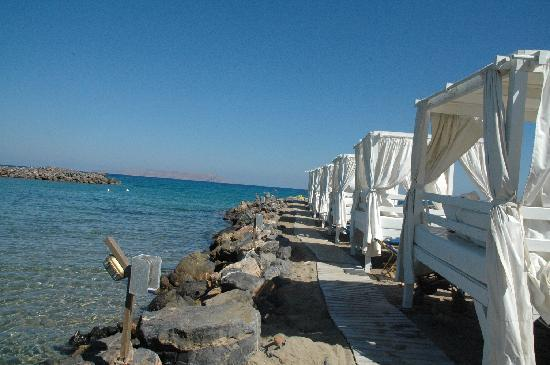 very happy here and want to return photo de knossos beach bungalows suite kokkini hani. Black Bedroom Furniture Sets. Home Design Ideas