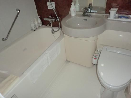 โรงแรมไดว่ารอยเนต เกียวโต-ฮาจิกุจิ: バスルーム