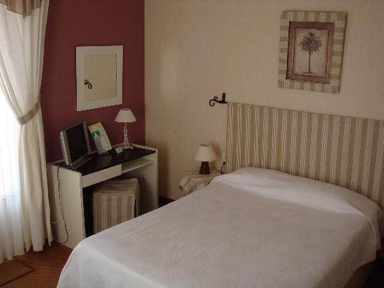 Villa Parisiana: chambre moyenne