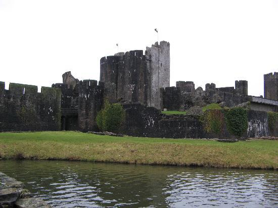 Caerphilly Castle: Castle and moat