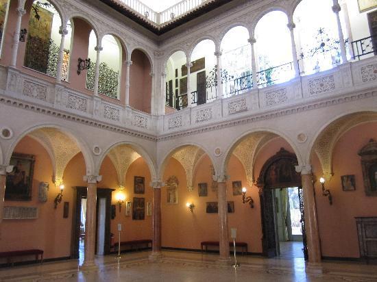 Villa & Jardins Ephrussi de Rothschild: inside of villa