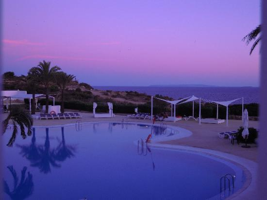 The One Ibiza: camera vista mare