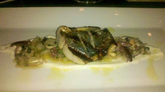 BlackSalt Fish Market & Restaurant: Grilled Spanish Mackerel