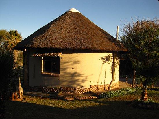 Molopo Kalahari Lodge: bungalow