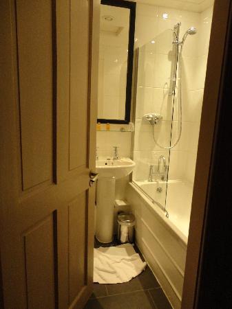 Best Western Glasgow City Hotel: No se puede abrir la puerta del baño