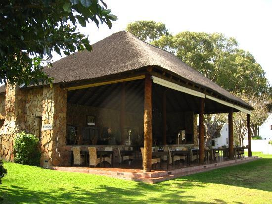 Bushmans Kloof Wilderness Reserve & Wellness Retreat: Restaurant