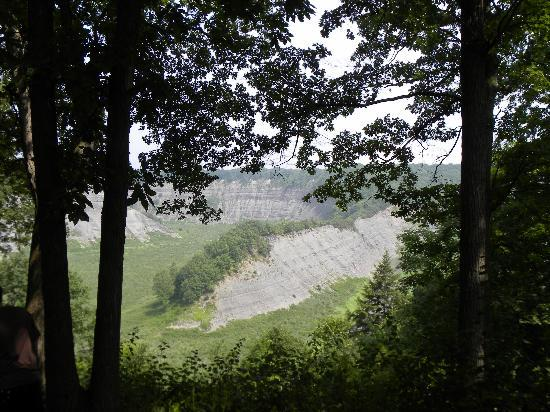 Letchworth State Park: The Hogsback Overlook