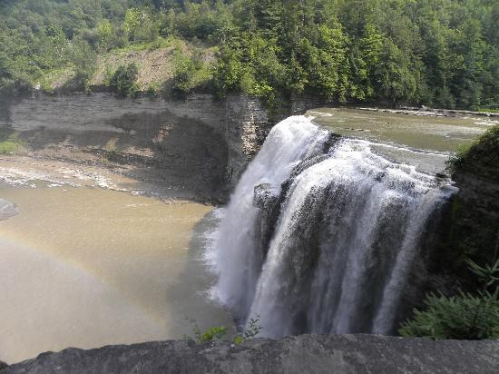Letchworth State Park: Middle Falls with rainbow