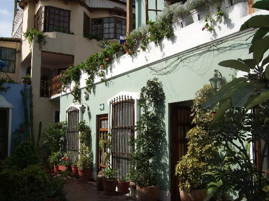 The courtyard at Hostal El Patio