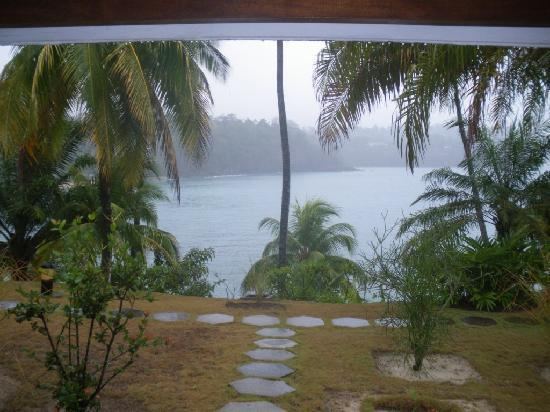 Sao Tome Island, São Tomé e Príncipe: Vista do Bungalow, em dia de chuva