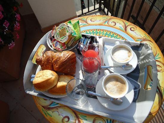 Residenza Pansa: Yummy breakfast to start the day