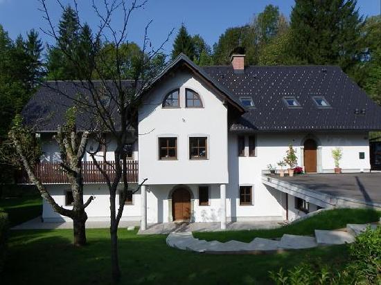 The Millhouse: House