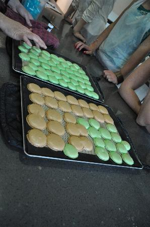 La Cuisine Paris - Cooking Classes: Macaroons in the making!
