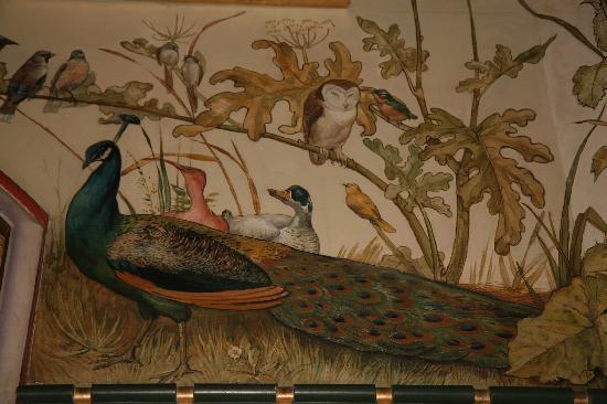 Castell Coch: Peacock