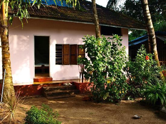 Johnson's The Nest Homestay: Bungalow at the Nest