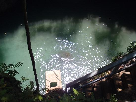 To Sua Ocean Trench: Looking down