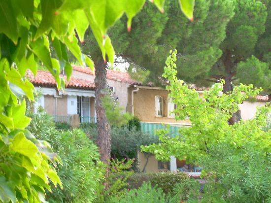 Domaine du Calidianus: the garden at Calidianus, hotel in the background