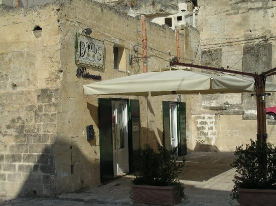 โรงแรม เซกตานติโอ เล กรอตเต เดลลา ซิวิตา: Baccus--our lunch location