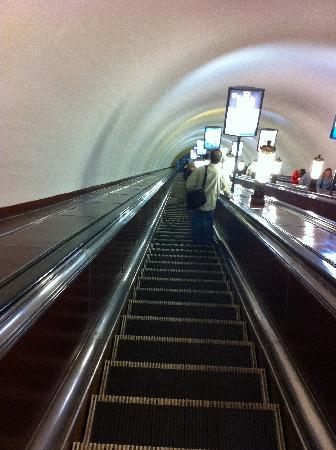 Moscow Metro: some stations are very deep underground