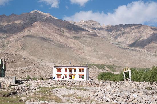 Zanskar Valley: Rigyal Guesthouse-Padum