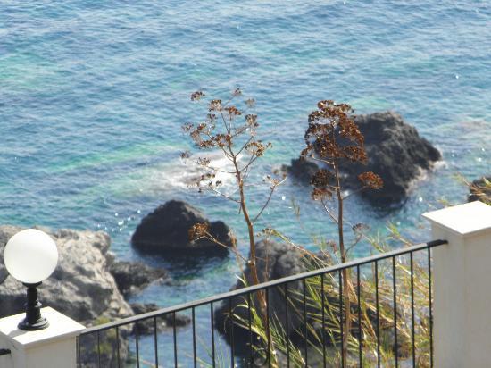 Hotel Capo dei Greci Resort & SPA: Vista della camere