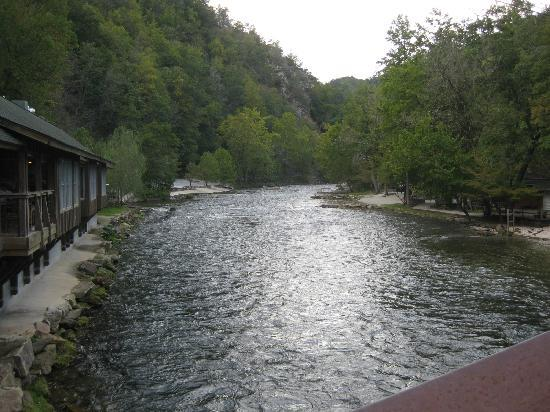 Nantahala Outdoor Center: NOC Outpost Nantahala River North Carolina