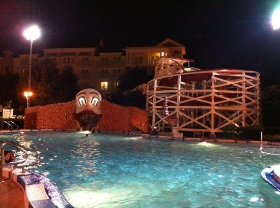 Disney's BoardWalk Inn: pool at night...it's not too scary