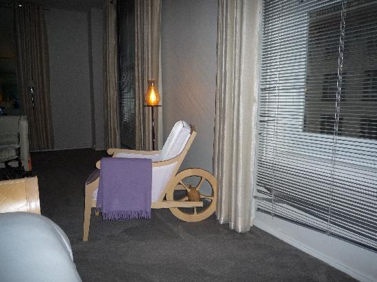 โรงแรมคลิฟท์ ซานฟรานซิสโก: la chambre (mobilier stark)