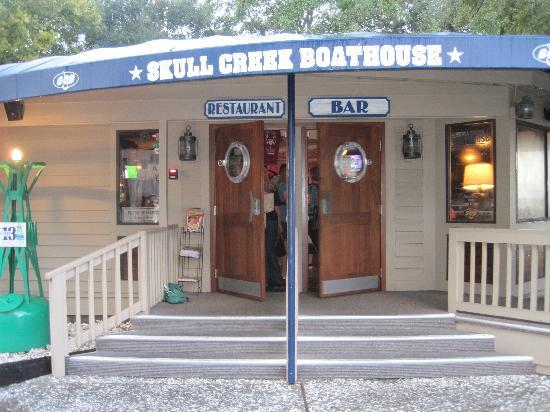 The Skull Creek Boathouse: Front Entrance