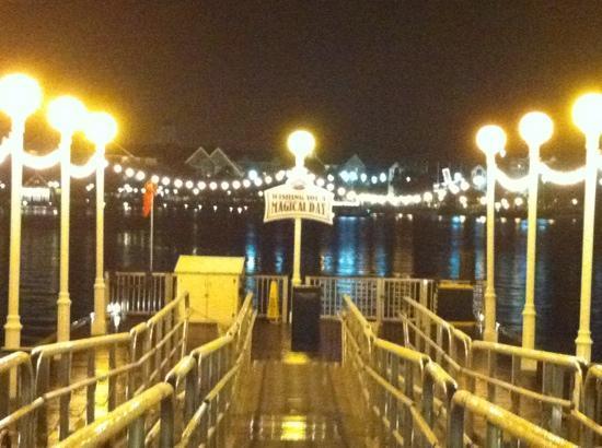 Disney's BoardWalk Inn: boat launch