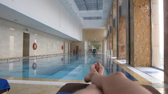 ฮิลตั้น ปักกิ่ง แคพพิทอล แอร์พอร์ต โฮเต็ล: La grande piscine