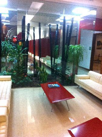 ไรซอร์จิเม็นโต รีสอร์ท: The main lobby!