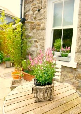 Headland House: Private Garden