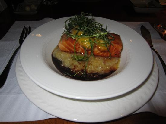 Tampu Restaurant at Sanctuary Lodge: Salmon (Really Rainbow Trout), This Was Really Good