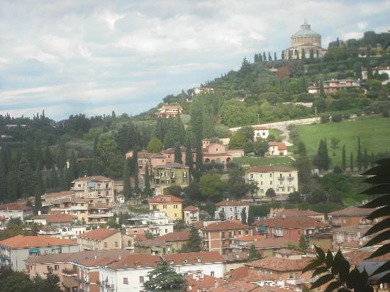 Camping Castel San Pietro: View
