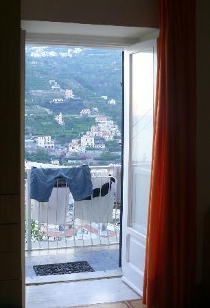 Bed and breakfast Villa Marietta: laundry with a view