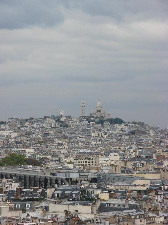 ประตูชัย: View of Sacre Coeur