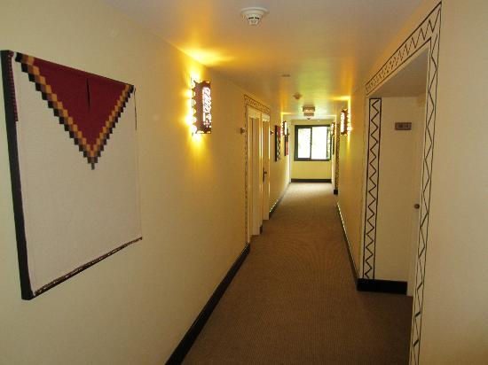 Belmond Sanctuary Lodge: Hallways