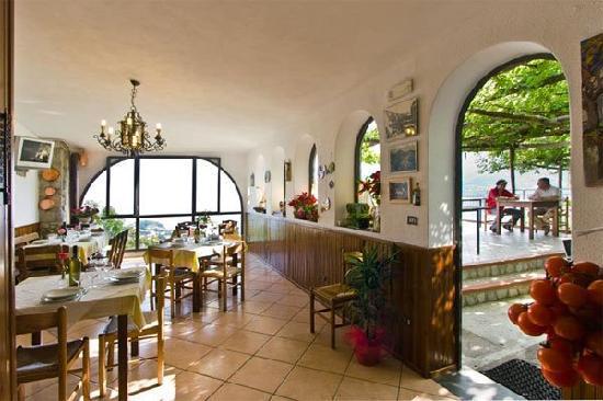 Agriturismo Monte Brusara: sala da pranzo
