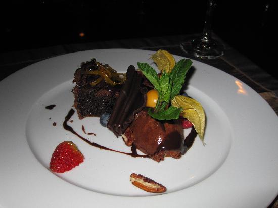 Carte Blanche Restaurant: DH Dessert