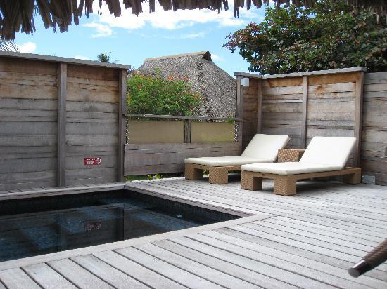 Hilton Moorea Lagoon Resort & Spa: Private Deck