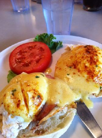 Omelette Shoppe: Eggs Benedict at Omelette Shop