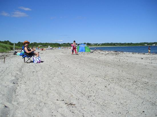 Crescent Beach State Park: Great beach for strolling