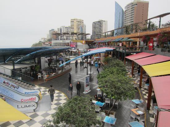 Shopping Center Larcomar (Centro Comercial Larcomar): Larcomar Shopping Center