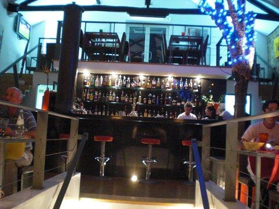 Mae d' Agua: Bar