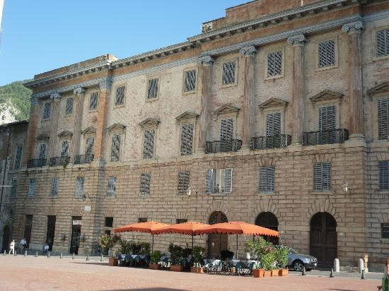 Relais Ducale Hotel: Palazzo Ducale