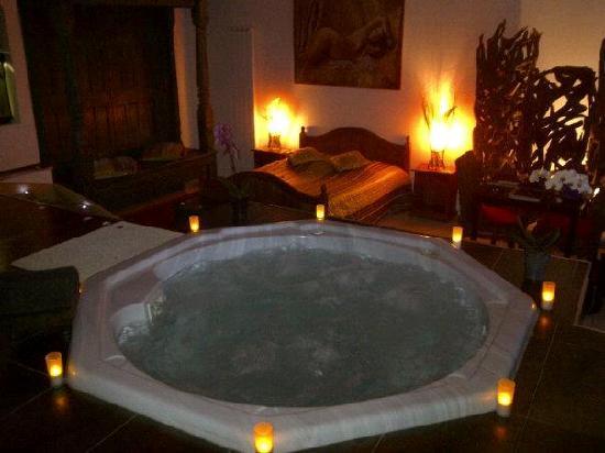 L 39 escale exotique b b salon de provence france voir for B b hotel salon de provence